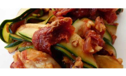 Zucchini-Pfanne – aromatisch knackig